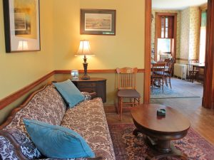 Places to Stay New Cornell University in Ithaca music room
